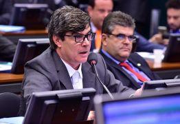 'NÃO VAMOS ACEITAR': PR sai da base de Bolsonaro e critica Reforma da Previdência após ascensão de Wellington Roberto