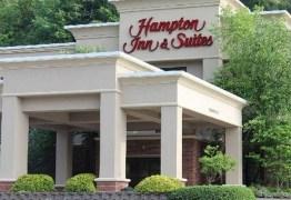 Ex-funcionário processa rede de hotéis por ser forçado a se submeter a exorcismo