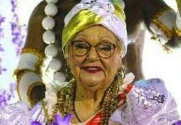 Salgueiro dedica desfile a integrante que morreu a caminho da Sapucaí