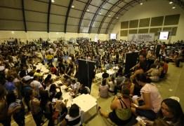 João Azevêdo entrega créditos do Empreender e equipamentos e ouve reivindicações da região de Sousa