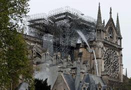 R$ 2 ,87 BILHÕES: Bilionários se mobilizam para reconstruir Notre-Dame