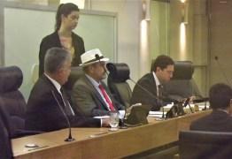 Deputado Jeová Campos sai em defesa do Hospital Napoleão Laureano e critica gestão plena de saúde que sobrecarrega despesas do Estado