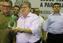 João Azevêdo entrega créditos do Empreender na região de Sousa
