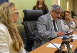 Dois projetos relatados pela deputada Drª Paula são aprovados pela Comissão de Direitos Humanos e Minorias