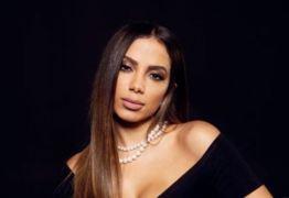 Anitta não é reconhecida no lançamento do próprio CD e dá resposta na lata