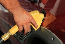Gasolina apresenta alta de R$ 0,50 e litro chega a R$ 4,59 em João Pessoa