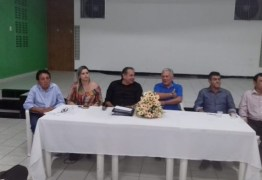 Prefeito Zé Aldemir se reúne novamente com empresários na CDL e discute assunto de interesse da classe