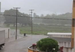 PERIGO: Defesa Civil recebe novo alerta de risco alto de chuvas para este sábado na Capital e PMJP mantém equipes em alerta