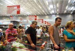 Confiança do Consumidor recua 1,5 ponto de março para abril