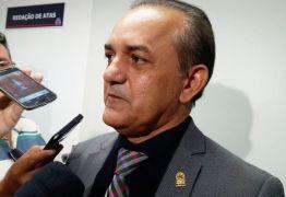 R$ 67 MIL: Corujinha é denunciado ao TCE após licitação para compra de flores destinadas à CMJP