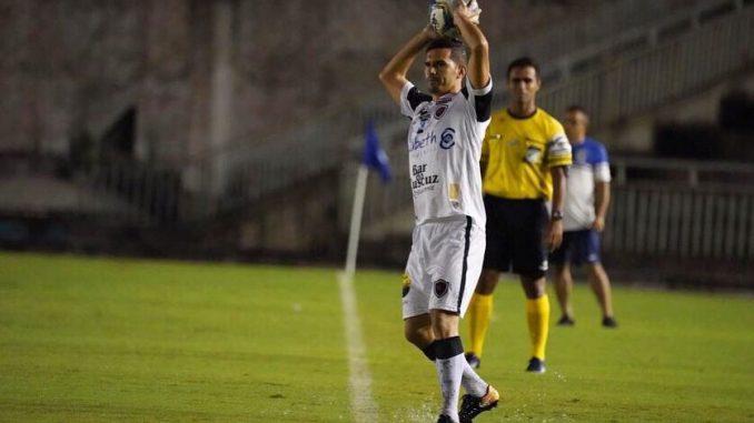 Depois de reforçar setor ofensivo, Botafogo-PB tem acertos encaminhados para as laterais