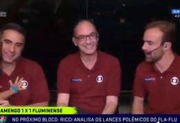 Filho de narrador da Globo invade estúdio para abraçar o pai – VEJA VÍDEO