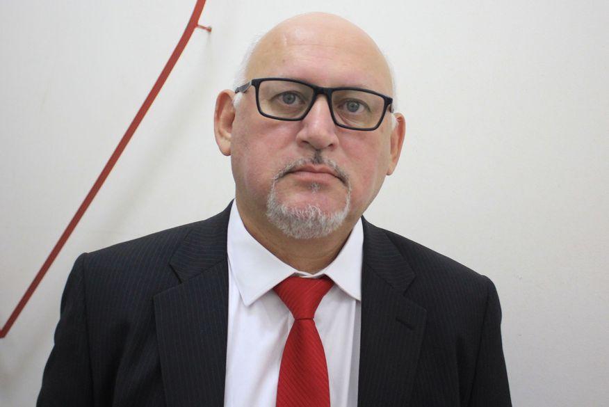 Líder da oposição diz que Raíssa deve explicar aos eleitores adesão a prefeito