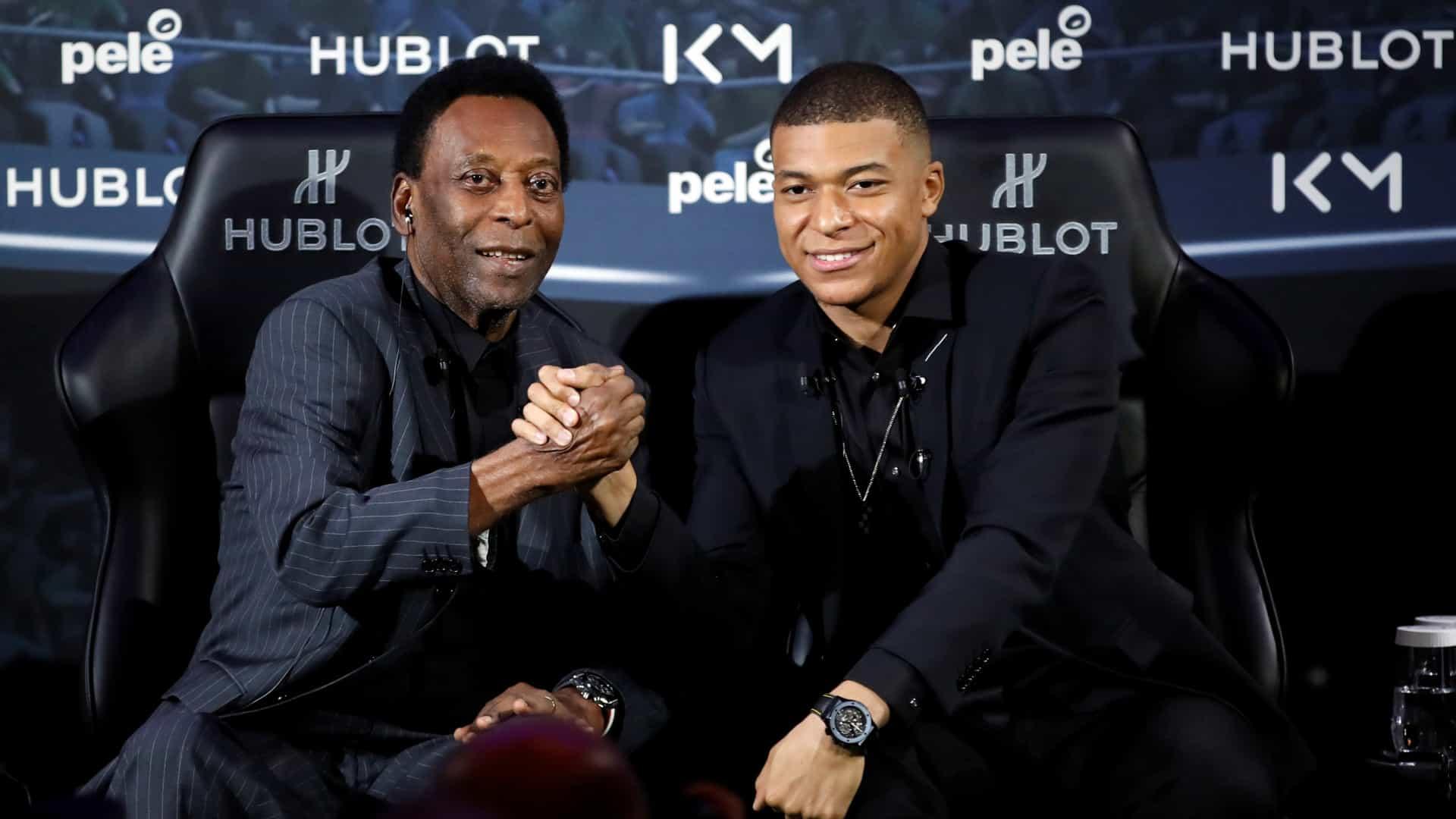 naom 5ca3c02ab2c52 1 - Pelé passa por exames em hospital de Paris e deve ser liberado hoje