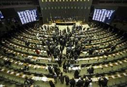 Parlamento no Brasil quer limitar poder do presidente