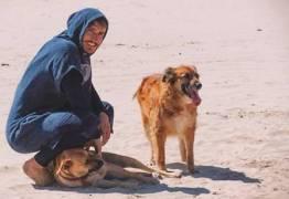 'BBB 19': Alan, que virou espírita após morte de cão, quer ajudar uma ONG de animais com o prêmio