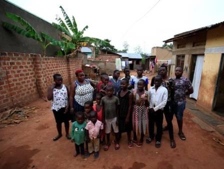xpage.jpg.pagespeed.ic .XbHO4YBcCZ - SUPER MÃE- Africana de 39 anos tem 44 filhos