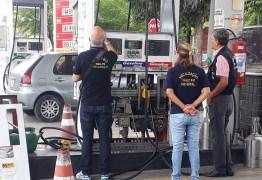 CRIME CONTRA O CONSUMIDOR: operação constata fraude em bombas de postos de combustível de JP e gerente é preso