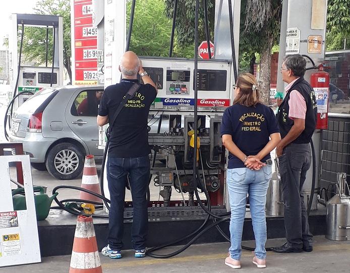 09.05.19 operacao postos cg site - CRIME CONTRA O CONSUMIDOR: operação constata fraude em bombas de postos de combustível de JP e gerente é preso