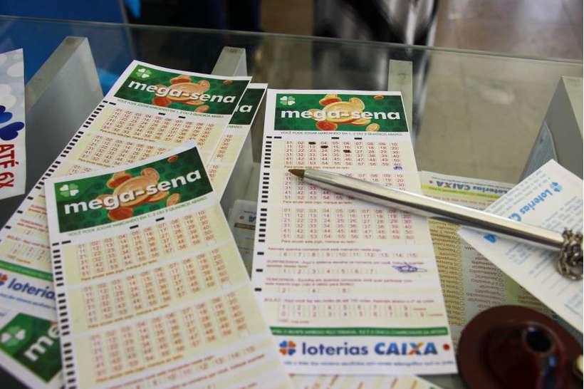 20190508213035103806i - Mega-Sena acumula e deve pagar R$ 275 milhões no próximo sábado