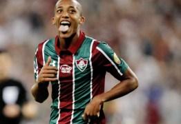 Com noite fenomenal, João Pedro chega a números superiores a Ronaldo e cia no início de carreira