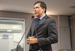 'Ser bancada de governo não quer dizer que a gente entra num voo cego' diz líder de Azevêdo na ALPB