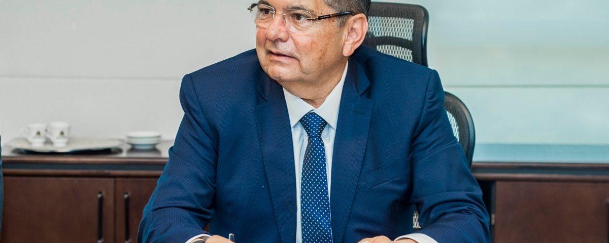 Adriano Galdino 8 1200x480 - Galdino dialoga com Executivo sobre adoção de Emenda Impositiva