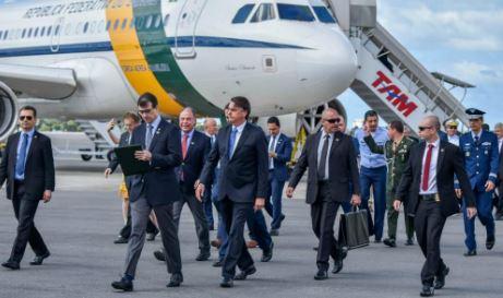 Primeira visita oficial de Bolsonaro no nordeste reúne 11 governadores e muitas manifestações: VEJA VÍDEO