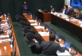 BATE BOCA NA CÂMARA:Deputados do PSL e PT discutem durante depoimento de Mantega na CPI do BNDES – VEJA VÍDEO