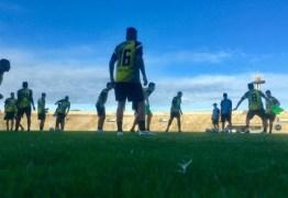 Evaristo Piza cogita mudanças no time do Botafogo-PB para duelo no Maranhão