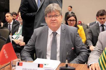 JOAO FORUM GOVERNADORES 1 - Governador da Paraíba, João Azevêdo participa hoje de encontro com presidente Jair Bolsonaro