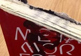 Livraria ironiza e envia clássico de Kafka com 25% de corte para ministro da Educação