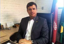 Vítor Hugo toma posse na prefeitura de Cabedelo com equipe renovada