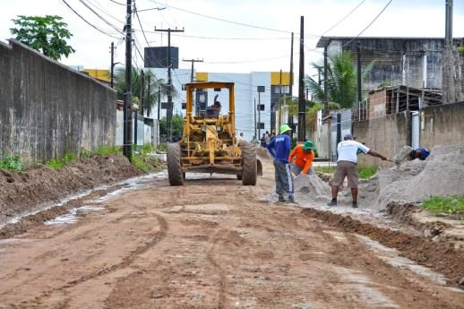 WhatsApp Image 2019 05 09 at 12.28.06 300x200 - Luciano Cartaxo autoriza início das obras do 'Mais Pavimentação' no Geisel e investe em infraestrutura