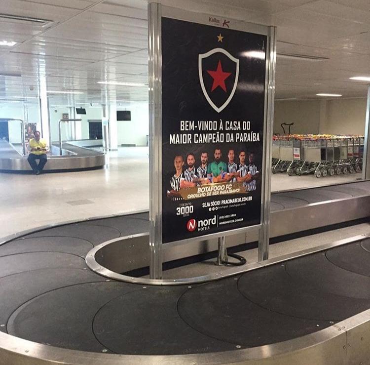 WhatsApp Image 2019 05 23 at 19.42.54 - Aeroporto Castro Pinto se veste de Botafogo-PB no dia da final da Copa do Nordeste - VEJA IMAGENS