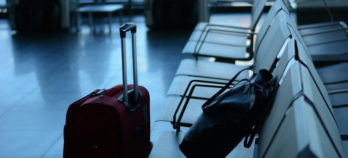 airport 519020 960 720 1200x545 c - Câmara proíbe cobrança por bagagem despachadas
