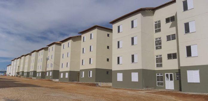 bc5b59be 1da3 4c8a 8b86 a84bfc33eee3 696x338 - Prefeitura abrirá novas inscrições e convoca os já inscritos para atualizar cadastro para sorteio da 2ª etapa dos 300 apartamentos
