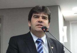 ALPB: 'Portar arma dentro do plenário é intimidação aos colegas', diz deputado Eduardo Carneiro