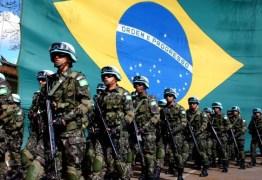 Forte esquema de segurança protege Colégio Militar para chegada de Bolsonaro
