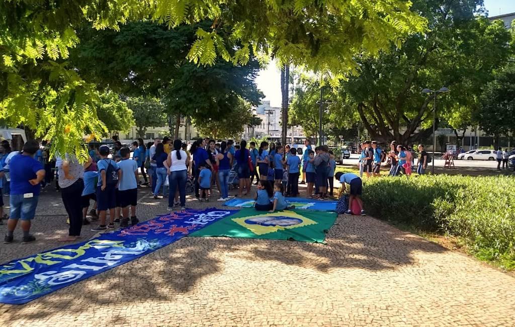 marcha aborto goiaxxnia 1024x651 - Movimento de direita leva crianças e adolescentes de escolas públicas em protesto contra o aborto