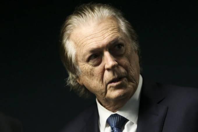 mcmgo abr 200220193191 - Presidente do PSL, Bivar não vê sentido em protesto a favor de Bolsonaro