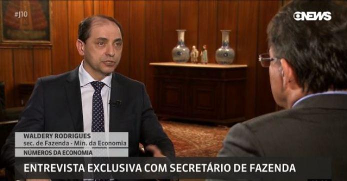 ministro 300x157 - Liberação de saques de Pis e Pasep deve injetar mais de R$ 20 bilhões na economia, estima governo