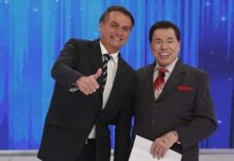 Público critica presença de Bolsonaro no programa de Silvio Santos