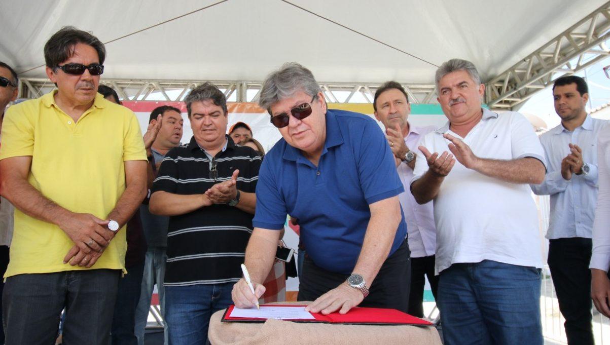 os são joão cariri foto Francisco França2 e1556994774474 - João Azevêdo autoriza investimento de R$ 3,1 milhões para obras de esgotamento sanitário em São João do Cariri