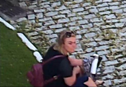 paquita 300x207 - Ex-paquita se machuca para acusar o marido de agressão - VEJA VÍDEO