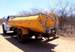 pipa carro - 'Operação Carro-pipa' volta a abastecer zona rural de Campina Grande nesta terça (12)