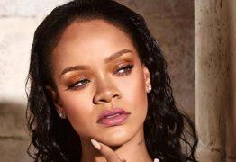 Rihanna escala modelo de 67 anos para campanha de sua grife 'FENTY'