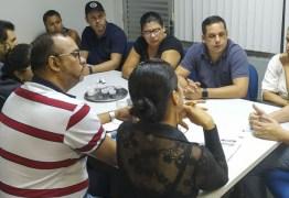 Sedurb firma parceria com comerciantes do Centro Comercial de Passagem