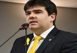 Projeto do deputado Eduardo Carneiro garante isenção de taxas de concursos para mães de crianças com microcefalia