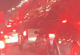 Acidente envolvendo caminhão e moto deixa uma pessoa morta na BR 230
